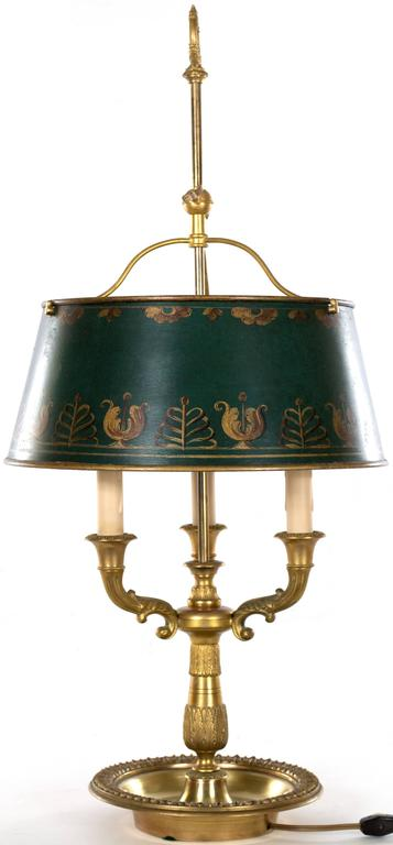 English Brass Table Lamp with Painted Shade In Good Condition For Sale In Salt Lake City, UT