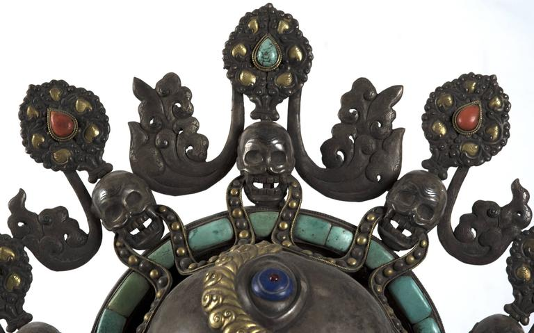 Statue of Nepalese Goddess Dhumbarahi For Sale 4
