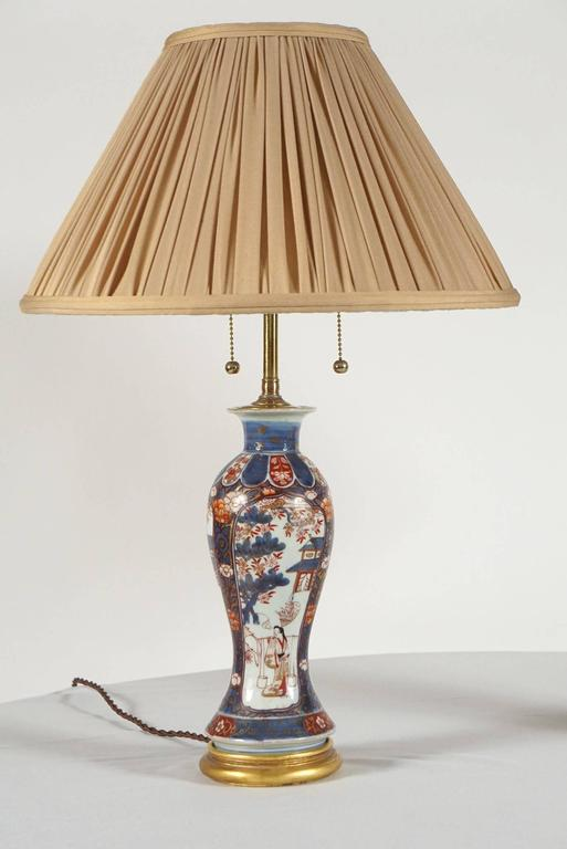 Chinese Export Imari Baluster Vase Table Lamps, Pair In Excellent Condition For Sale In Kinderhook, NY
