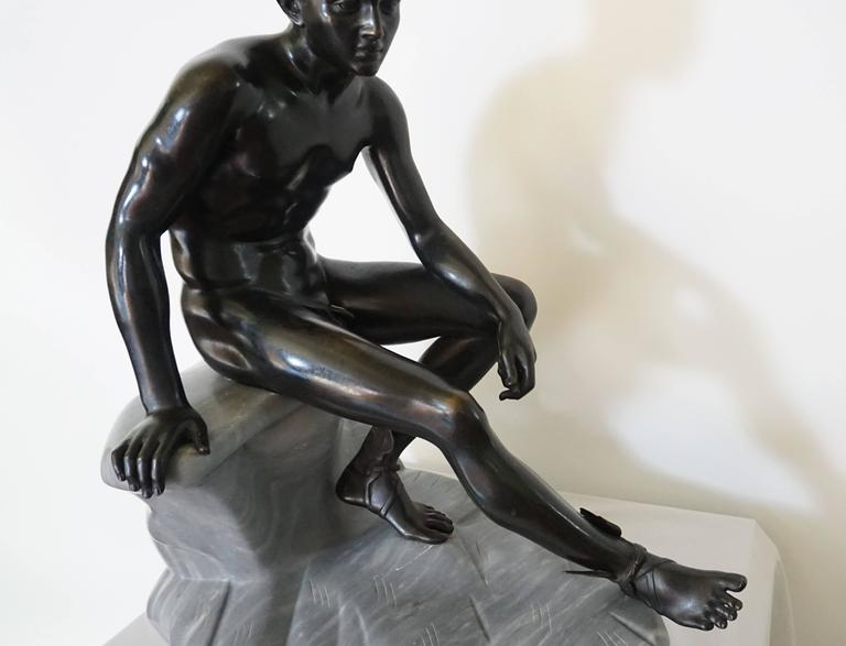 Grand Tour Bronze and Marble Sculpture of the 'Seated Hermes' or Mercury In Good Condition For Sale In Kinderhook, NY