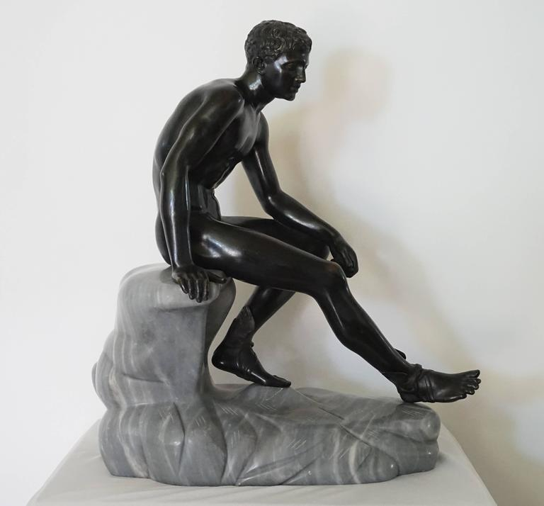 Grand Tour Bronze and Marble Sculpture of the 'Seated Hermes' or Mercury For Sale 4