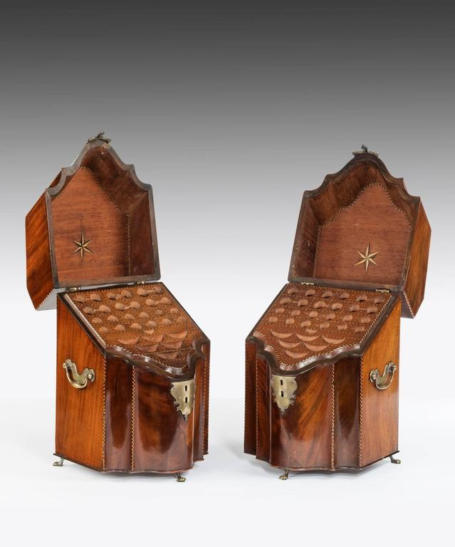 George III Pair of Georgian Mahogany Knife Boxes For Sale