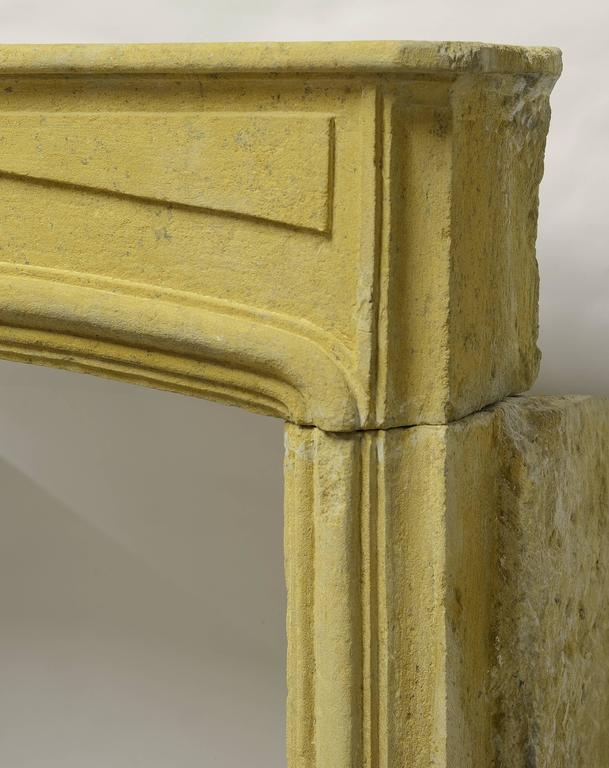 Rustic Limestone Louis XIV Fireplace Mantel In Fair Condition For Sale In Haarlem, Noord-Holland