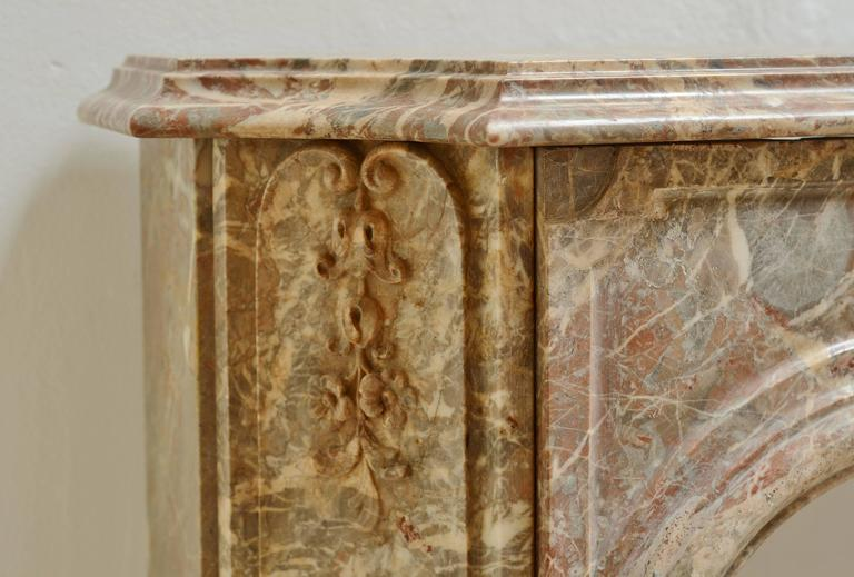 Late 18th Century Perfect Petite Régence Fireplace Mantel * Free Shipping * For Sale