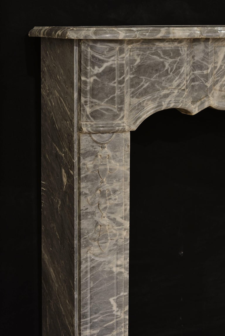 18th Century French Régence Fireplace Mantel in Grey Marble For Sale