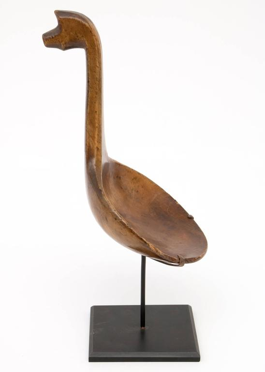 Antique Native American Carved Spoon, Great Lakes, 19th Century In Excellent Condition For Sale In Denver, CO
