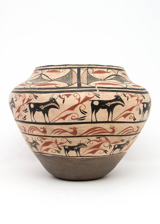 Hand-Painted Large Southwestern Pottery Four-Color Jar with Heartline Deer Motif For Sale