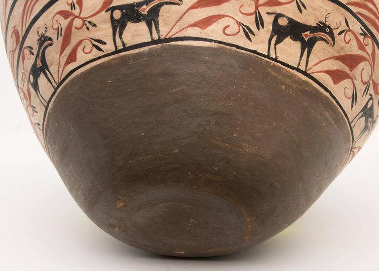 Large Southwestern Pottery Four-Color Jar with Heartline Deer Motif For Sale 1