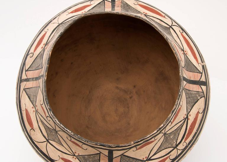 Earthenware Large Southwestern Pottery Four-Color Jar with Heartline Deer Motif For Sale