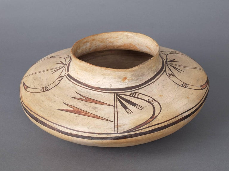 Vintage 1890 antique Southwestern pottery jar, Hopi (Native American) The design and form indicate this to be from the Polacca polychrome period (1890-1900), the transitional period between Polacca polychrome and Sikyatki revival of the 20th