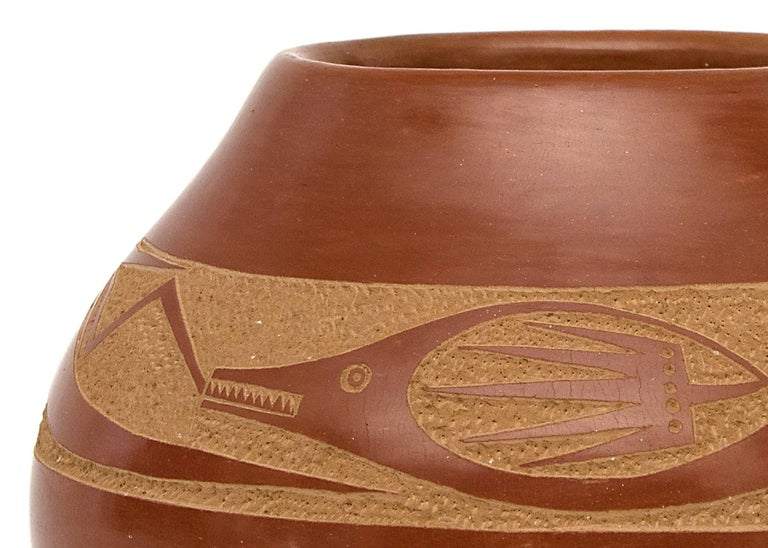 Redware Pottery Jar with an Avanyu by Tony Da, San Ildefonso Pueblo In Excellent Condition For Sale In Denver, CO