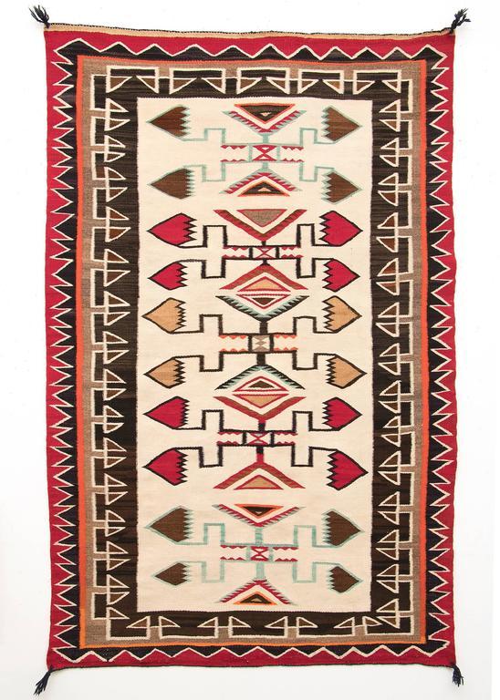 Vintage Navajo Trading Post Rug Teec Nos Pos Circa 1920