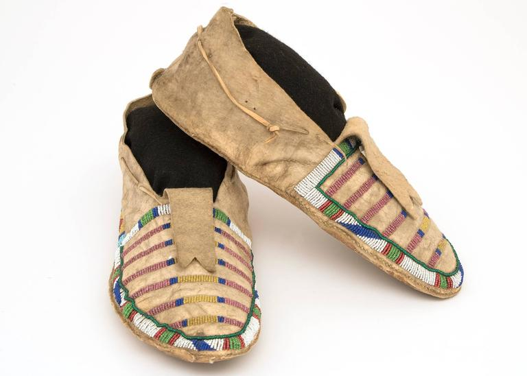 Beads Antique Native American Beaded Moccasins, Crow (Plains Indian), circa 1870 For Sale