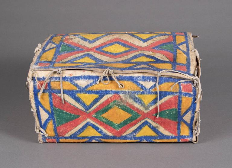 19th Century Antique Native American Painted Parfleche Box, Sioux, circa 1880 For Sale