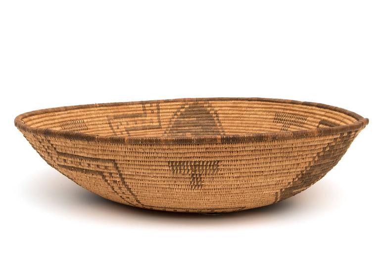Antique Native American Basketry Bowl, Apache, 19th Century In Excellent Condition For Sale In Denver, CO