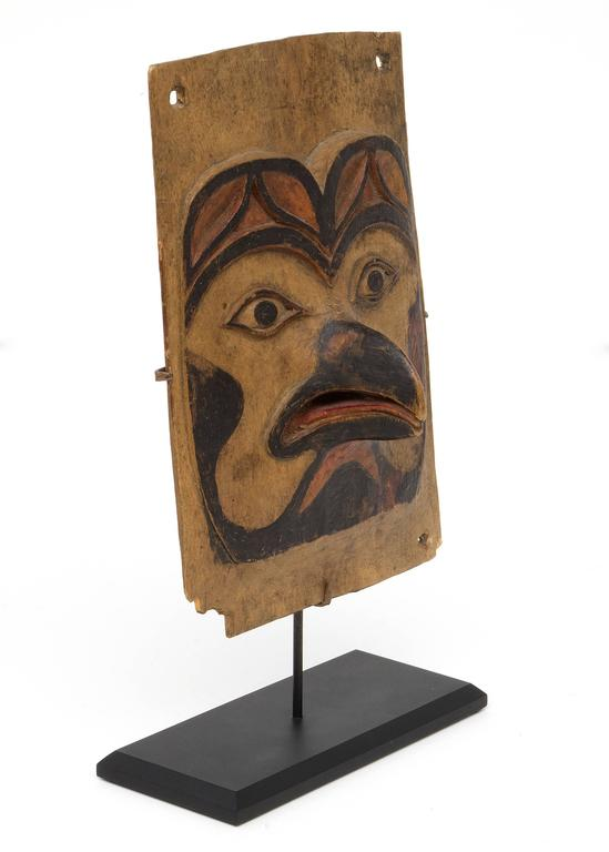 Antique Northwest Coast Carved Frontlet, Tlingit/Tsimshian, late 19th century 3
