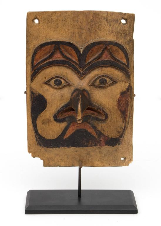 Antique Northwest Coast Carved Frontlet, Tlingit/Tsimshian, late 19th century 2