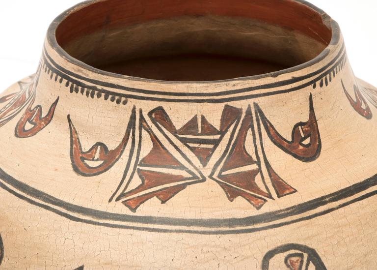 Antique Native American Pottery Jar, San Ildefonso Pueblo, 19th Century For Sale 1