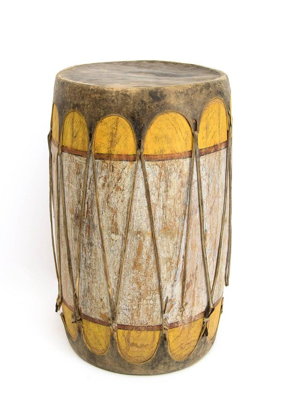 Pair of Large Antique Southwestern Native American Drums, Pueblo, circa 1900 For Sale 1
