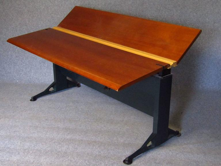 Late 20th Century Midcentury Adjustable Desk by Geoff Hollington for Herman Miller For Sale