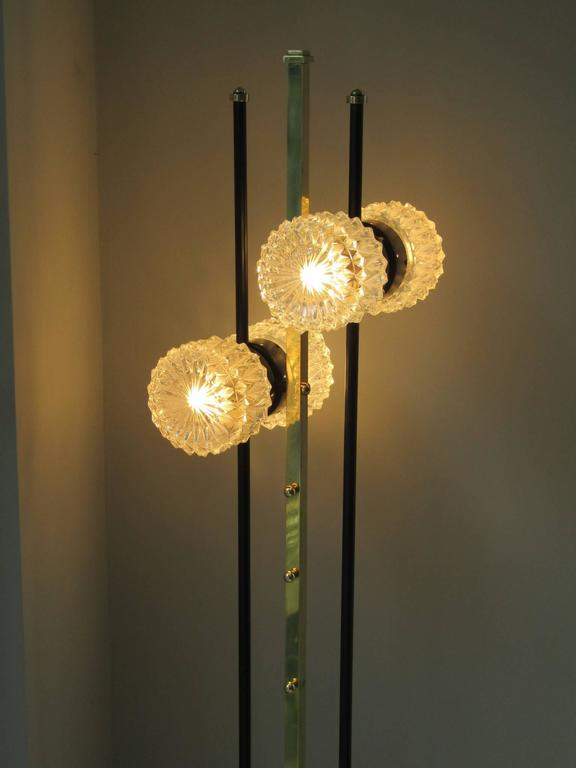 1960s floor lamp with crystal cut shades, France. Full restored and rewirde condition.