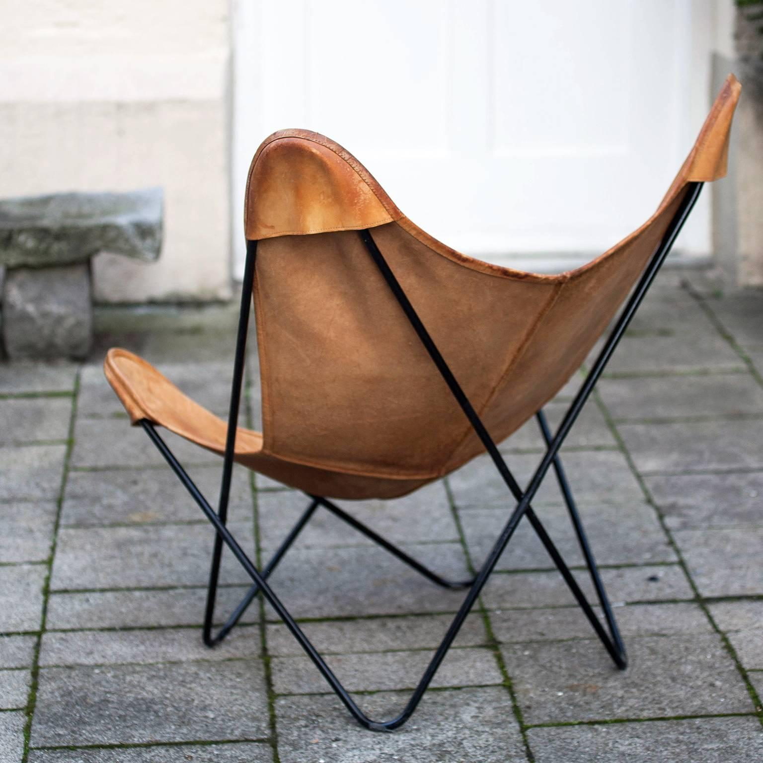 Butterfly Chair By Knoll International At 1stdibs