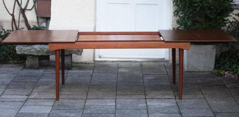 Scandinavian Modern Finn Juhl Extending Dining Table, 1970 For Sale
