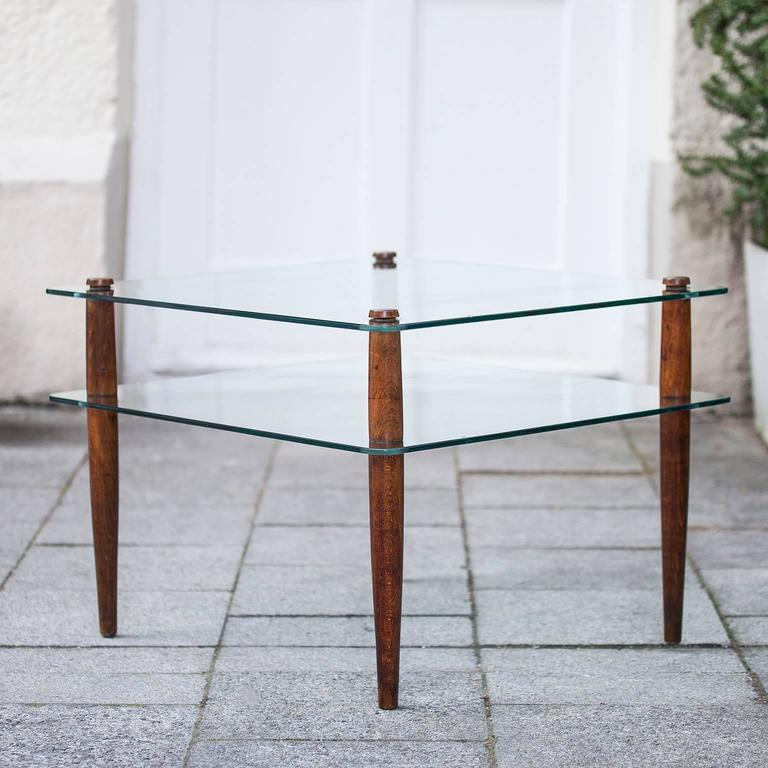 Mid-Century Modern Side Table Attributed to Fontana Arte Wooden Legs, 1940 For Sale