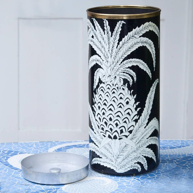 Piero Fornasetti Pineapple Umbrella Stand, 1950s In Good Condition For Sale In Munich, DE