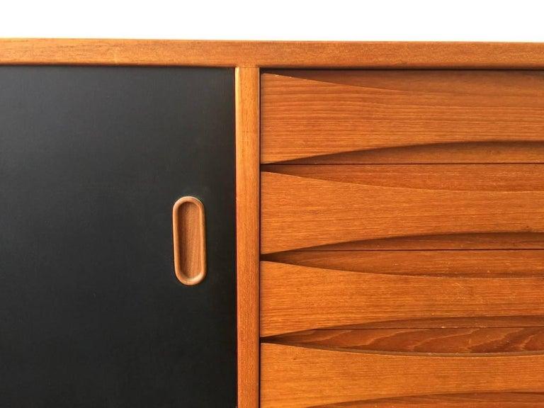 Mid-Century Modern Wonderful Arne Vodder Triennale Sideboard For Sale