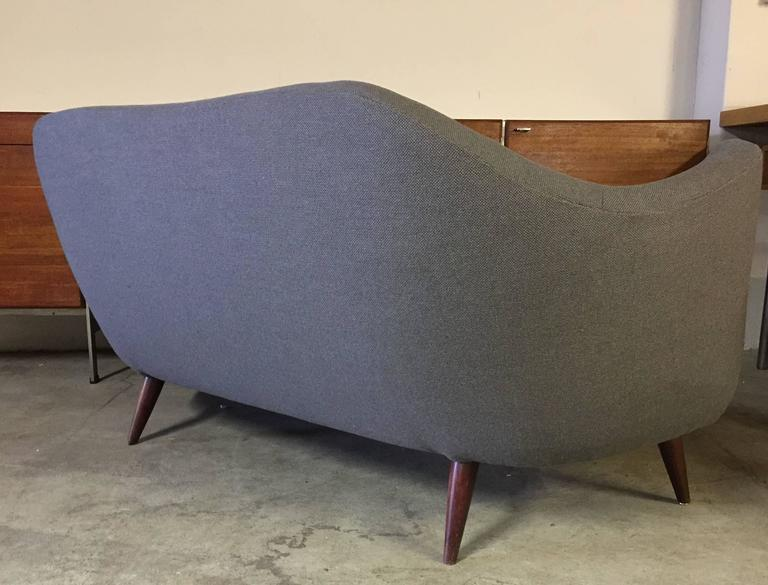 Wonderful Settee with Amazing Shape For Sale 3