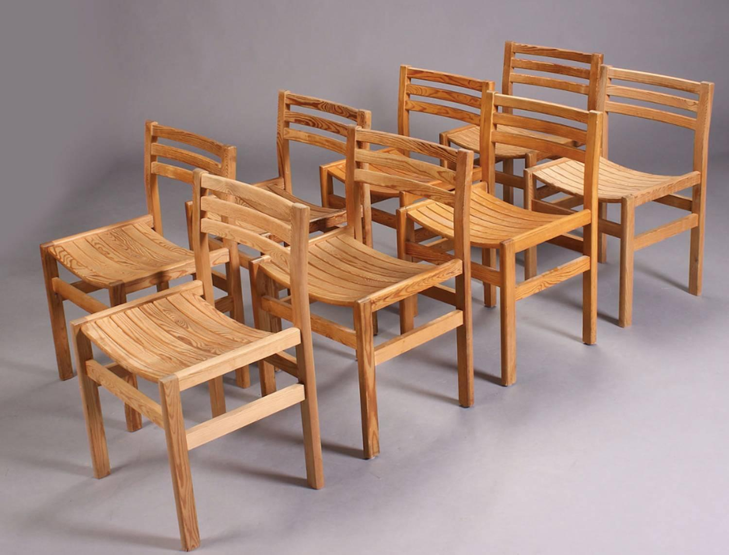 Nice set of eight dining chairs in oregon pine for sale at