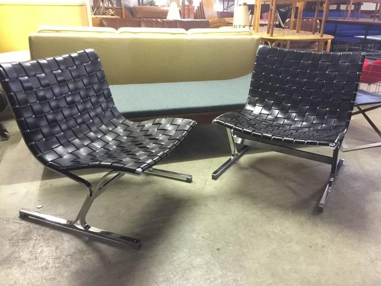 set of two lounge chairs by ross littell in perfect condition for sale at 1stdibs. Black Bedroom Furniture Sets. Home Design Ideas