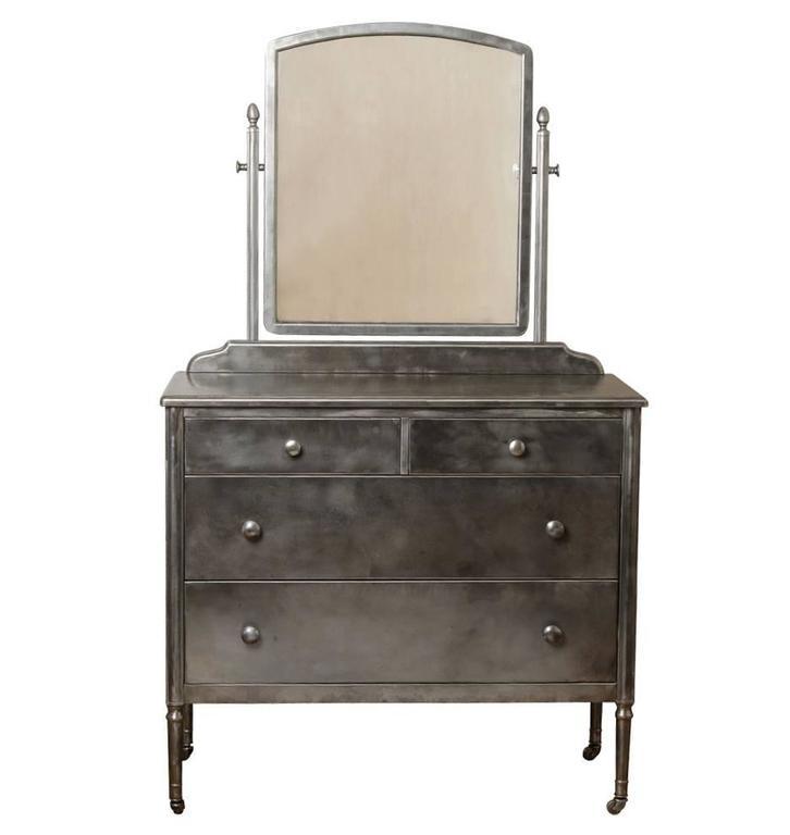 Steel Sheraton Style Simmons Dresser With Mirror Circa