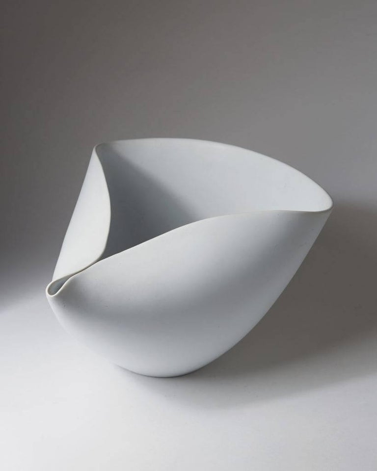 Scandinavian Modern Bowl Veckla Designed by Stig Lindberg for Gustavsberg, Sweden, 1950s For Sale