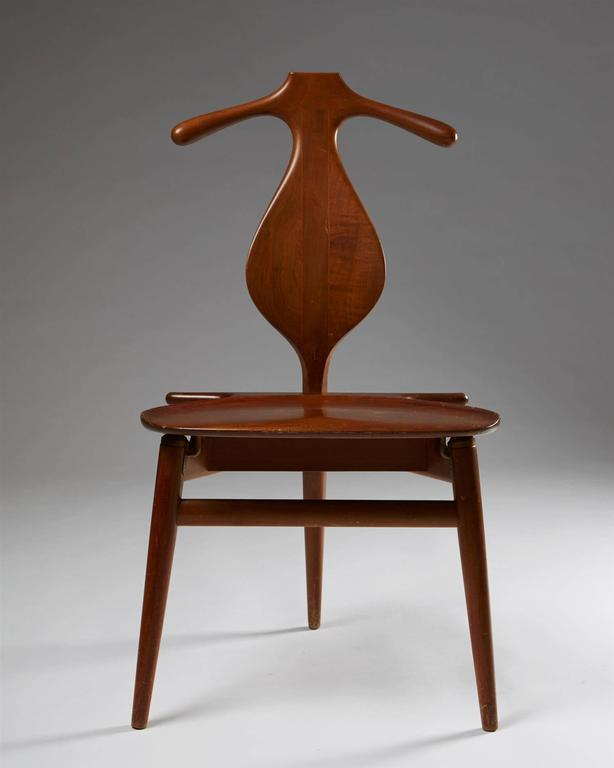 Scandinavian Modern Valet Chair Designed by Hans Wegner for Johannes Hansen, Denmark, 1950s For Sale