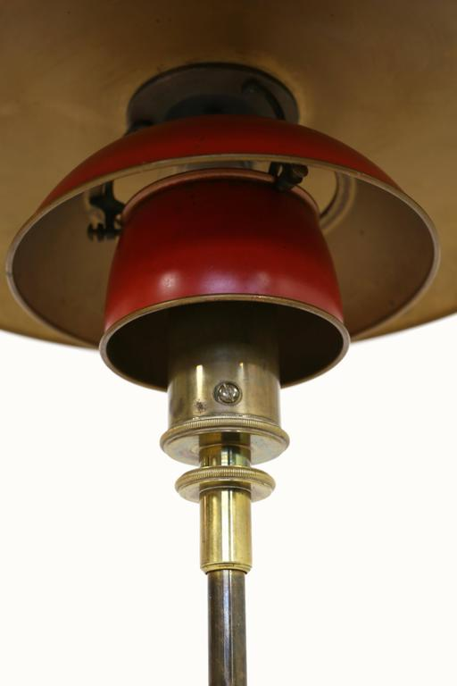 Early and rare Poul Henningsen 4/3 table lamp. Designed 1927 and made at Louis Poulsen, Denmark, 1927-1928.