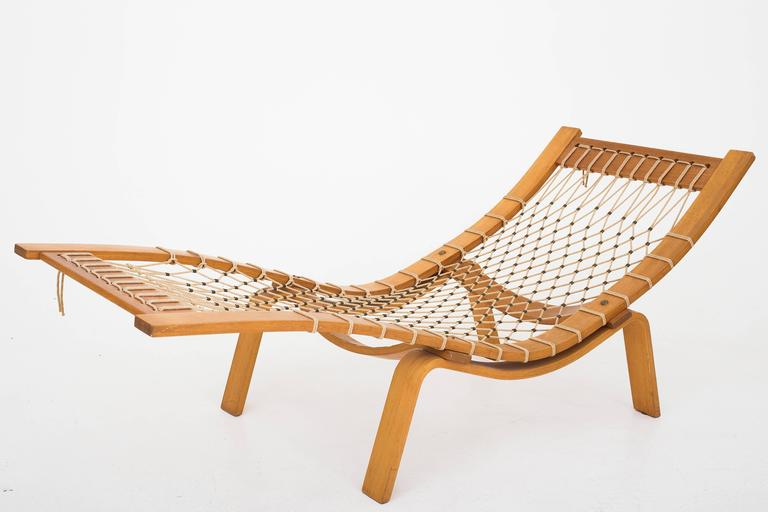 ge2 hammock chair by hans j wegner for sale at 1stdibs. Black Bedroom Furniture Sets. Home Design Ideas