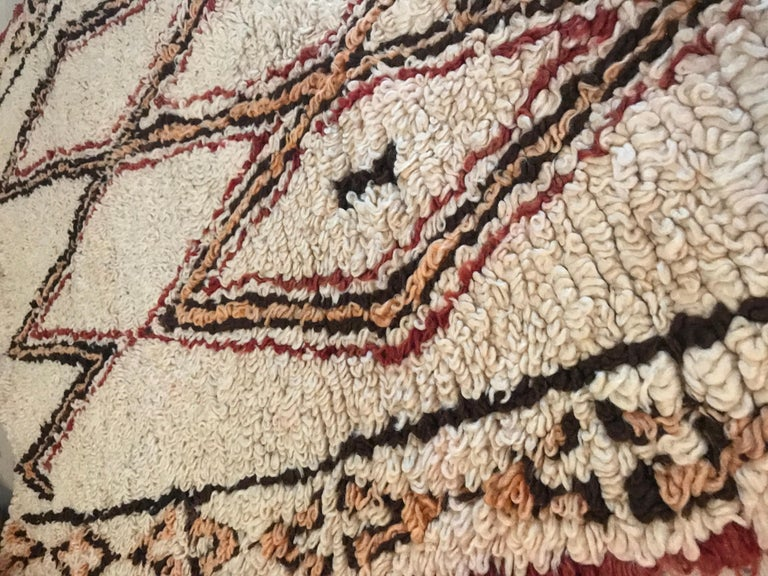 Vintage Moroccan Beni Ouarain Rug In Good Condition For Sale In Copenhagen K, DK