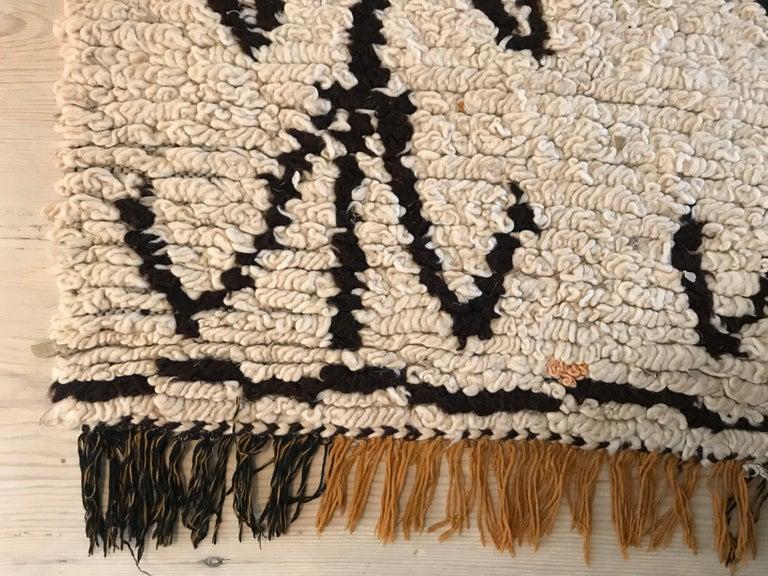 Beautilful Beni Ouarain loop pile rug.