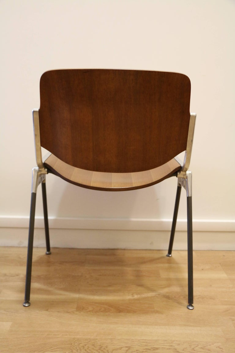 Molded Set of Six Mid-Century Modern Chairs by Giancarlo Piretti, Italy, 1970s For Sale