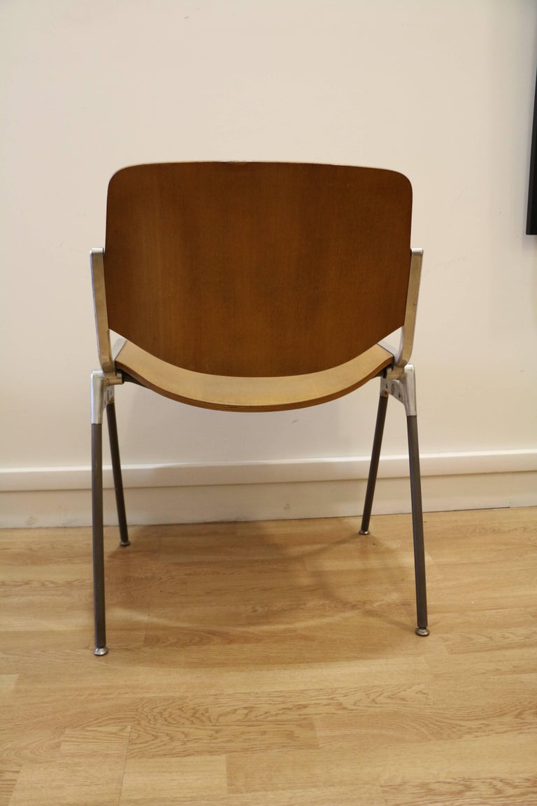 Set of Six Mid-Century Modern Chairs by Giancarlo Piretti, Italy, 1970s In Good Condition For Sale In Paris, FR