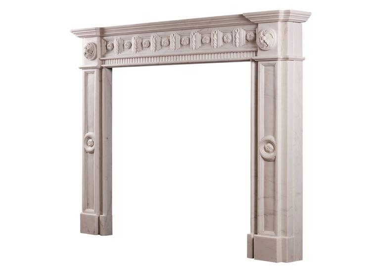 Irish Georgian Style White Marble Fireplace In Excellent Condition For Sale In London, GB