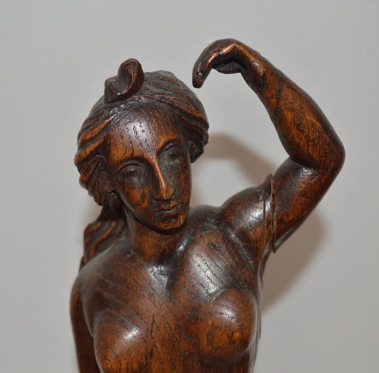 19th Century Wooden Lady Sculpture In Good Condition For Sale In Copenhagen, K