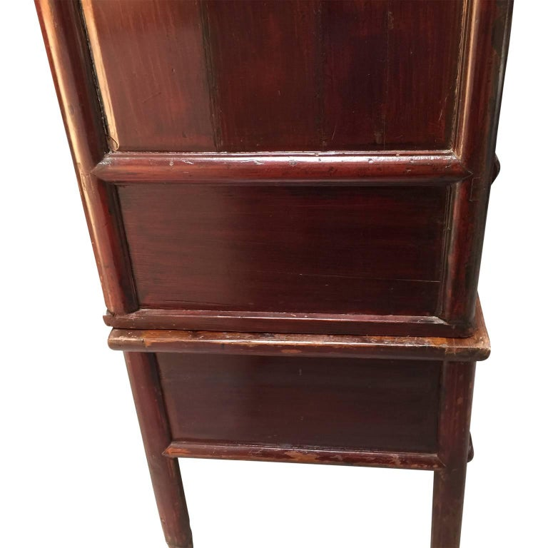 Early 20th Century Chinese Cabinet For Sale 3
