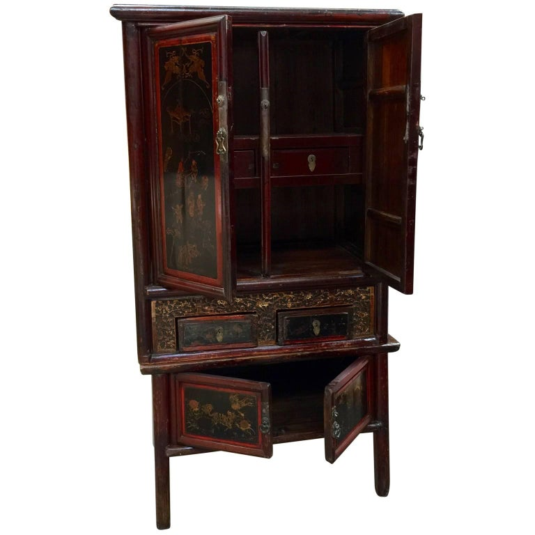 Chinoiserie Early 20th Century Chinese Cabinet For Sale