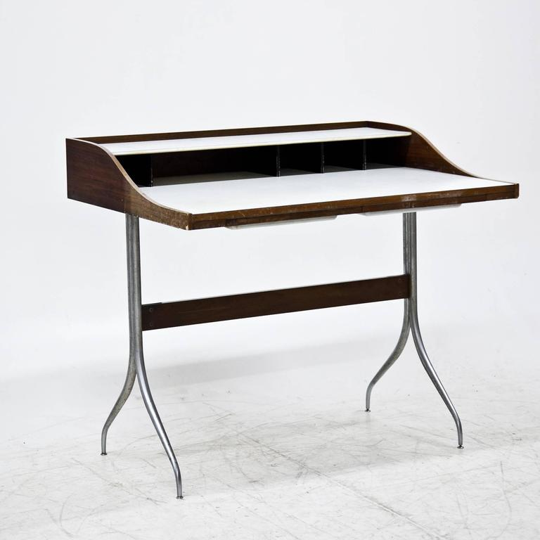 George Nelson U0027Swag Legu0027 Desk, 1950s In Good Condition For Sale In