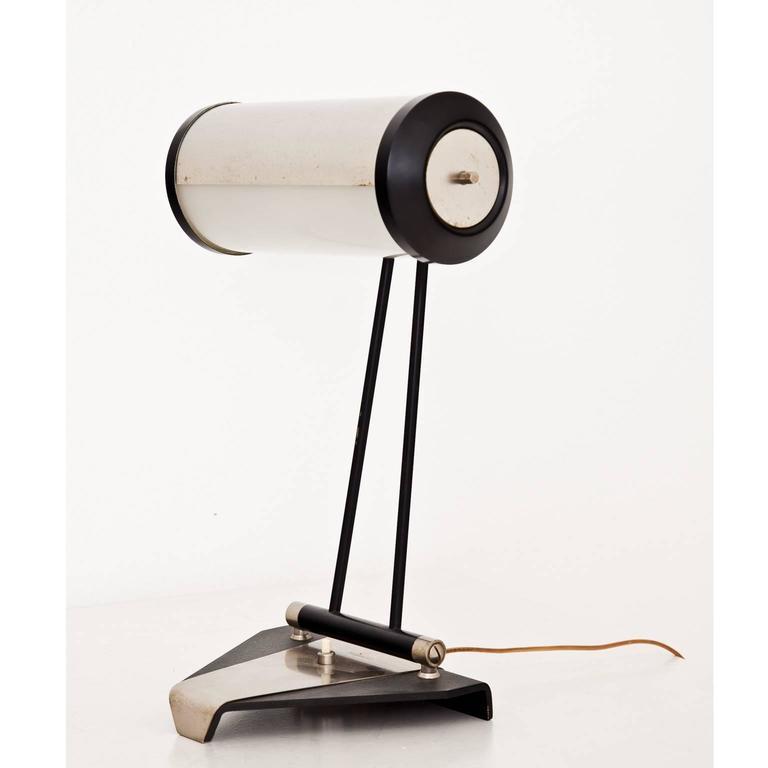Mid-Century Modern Stilnovo Table Lamp Model 8051, Italy, 1960s For Sale