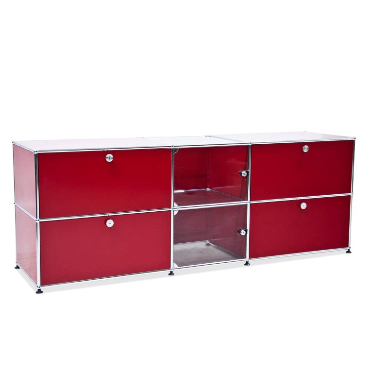 red usm haller sideboard for sale at 1stdibs. Black Bedroom Furniture Sets. Home Design Ideas