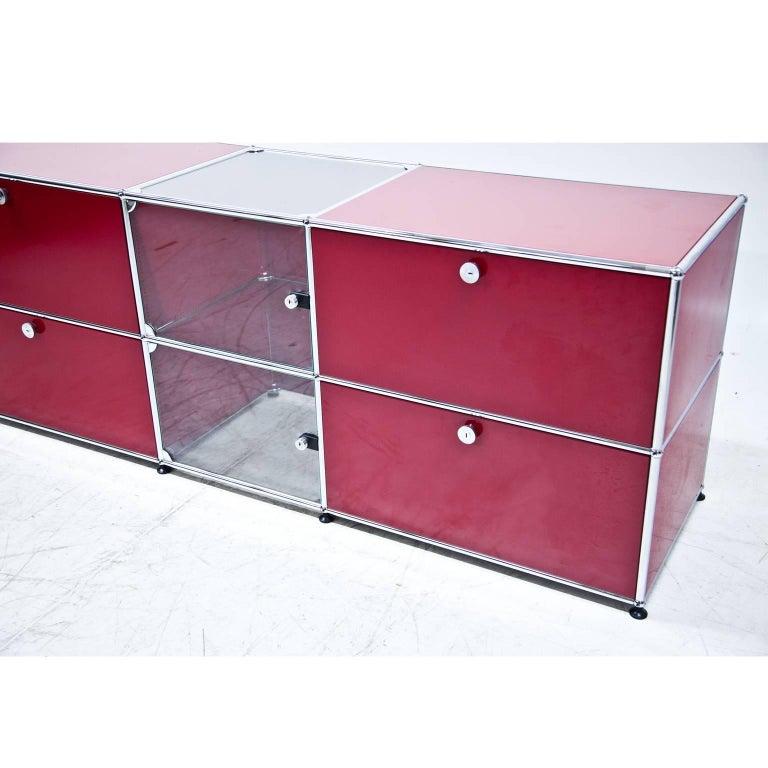 red usm haller sideboard for sale at 1stdibs. Black Bedroom Furniture Sets. Home Design Ideas